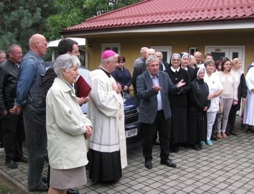 Ein Papamobil für die Caritas des Bistums Temeswar