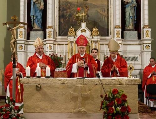 Hochfest des Heiligen Gerhard begangen. Gläubige füllten Tschanader Kirche