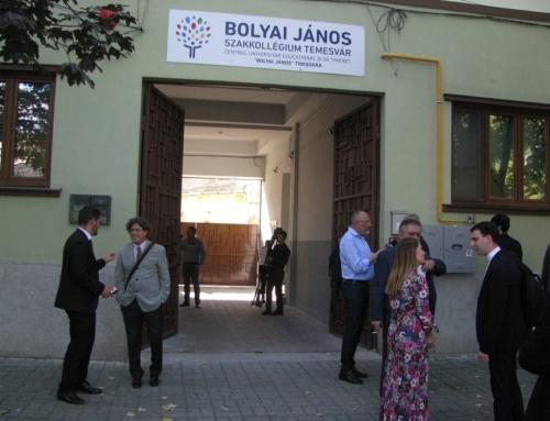 """""""O mare sărbătoare a unei comunități mici"""". Inaugurarea Colegiului János Bolyai din Timișoara"""