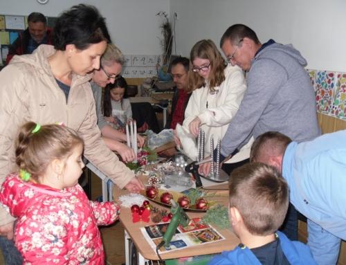 Karácsonyra készülve a családokkal