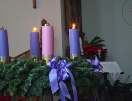 Aprinderea celei de-a doua lumânări pe coroana de Advent la Arad-Șega