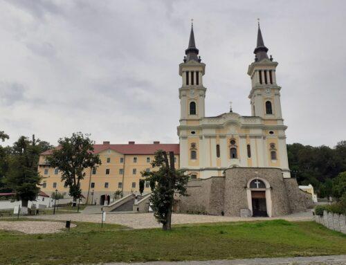 A temesvári hívek Szent Anna-napi zarándoklata Máriaradnára