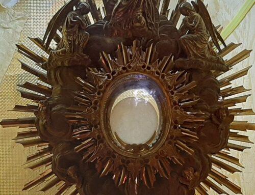 Adorație Euharistică în biserica Sf. Ecaterina