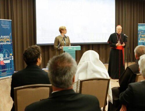 A fost prezentat imnul Congresului Euharistic Internațional