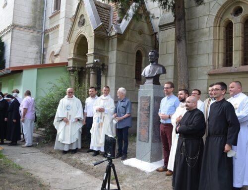 Două busturi ale fericitului Francisc Maria al Crucii Jordan la Timișoara
